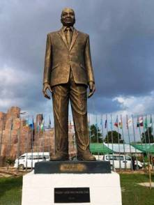 Jacob-Zumas-statue-in-Owerri-Imo-State.jpg-large